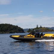 goldfish-38-supersport-build-no-011_28091889461_o with Ullman Echelon suspension seat