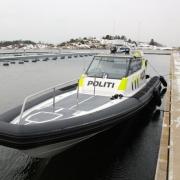 goldfish-police-patrol-boat20